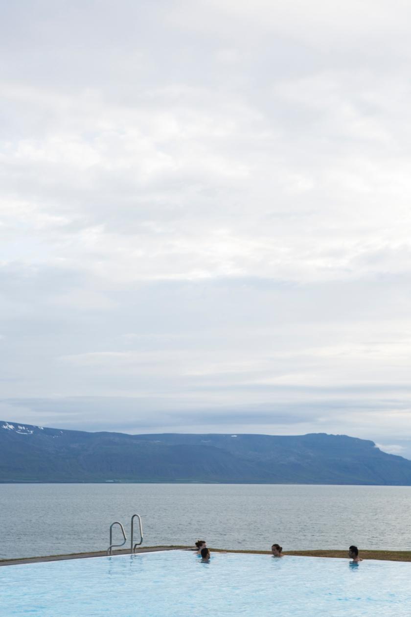 Iceland.bathers-45